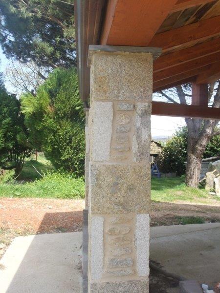 pilares de piedra de cenador